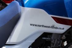 Πλαϊνά προστατευτικά ντεποζίτου έλξης CRF 1000L Africa Twin/Adventure Sport 2018-2019 Eazi Grip Honda Clear